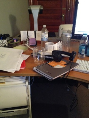Ten minutes to a cleaner desk